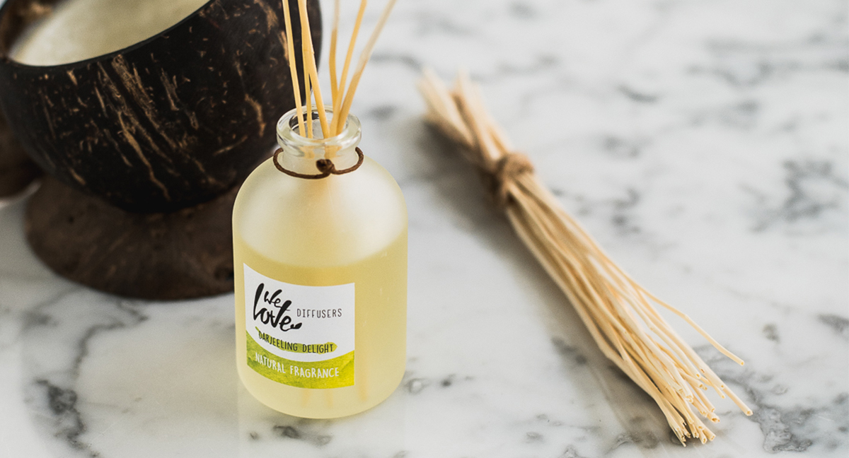 We Love The Planet diffuser & coconut candle